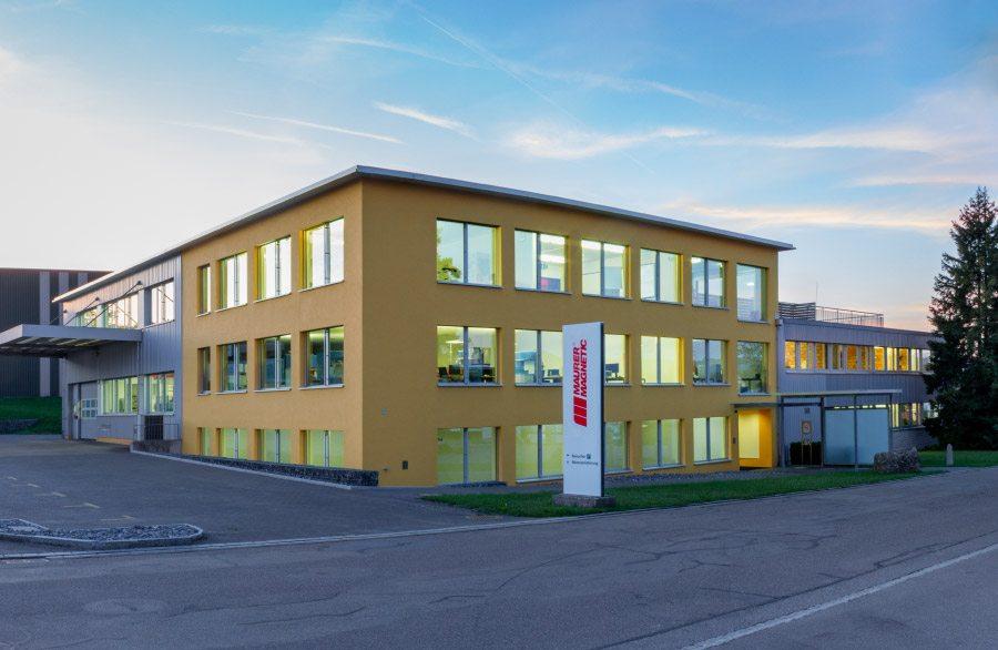 Firmengebäude von Maurer Magnetic, hersteller von Entmagnetisierer, Magnetsystemen und Einzelmagneten.